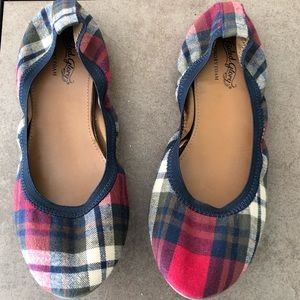 Faded Glory woman's slip on shoes on plaid.  Size8